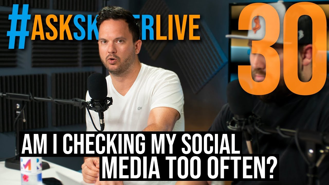 How to stop checking social media